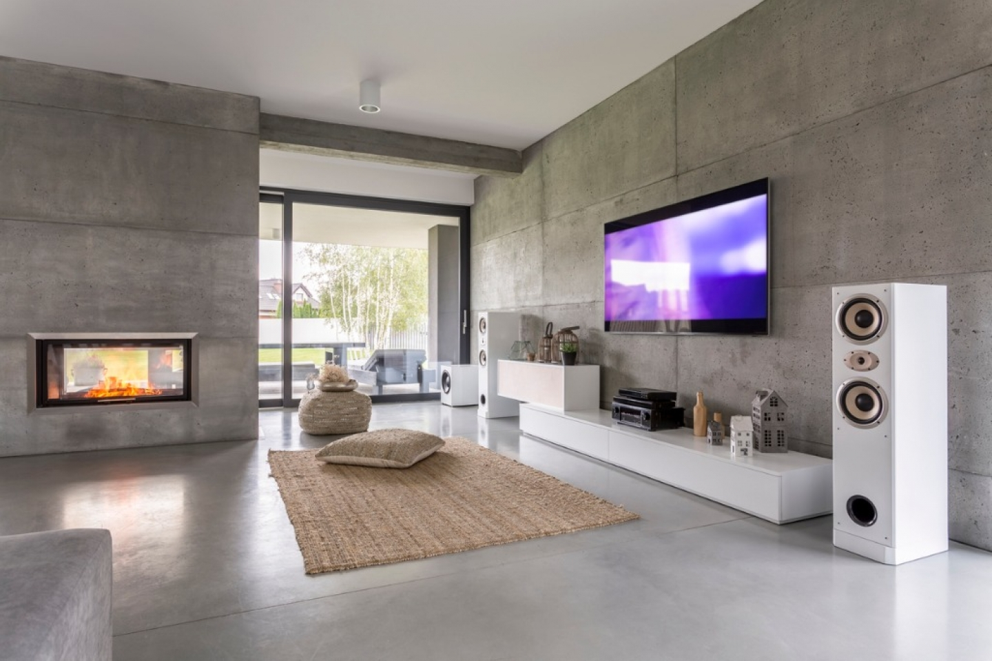 tv-living-room-with-window-picture-id637